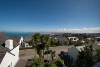 coast views & parking
